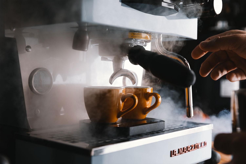 Basti_Kaspar-food-coffee-lamarzocco-linea-mini