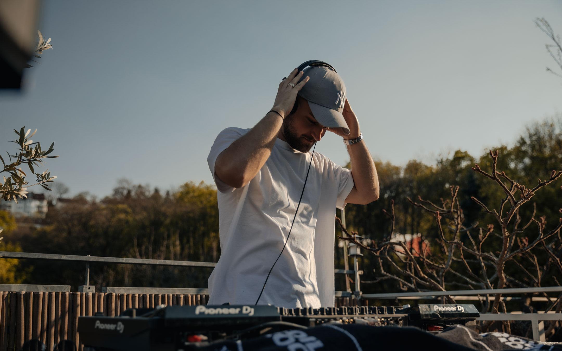DJ-Rooftop-Live-Set-Videoproduktion-No_Synonym-Stuttgart-Corona